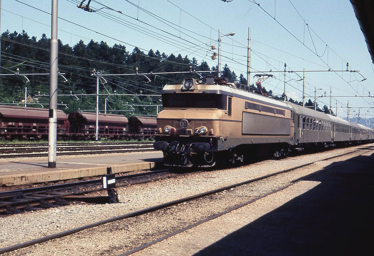 1980F13.jpg